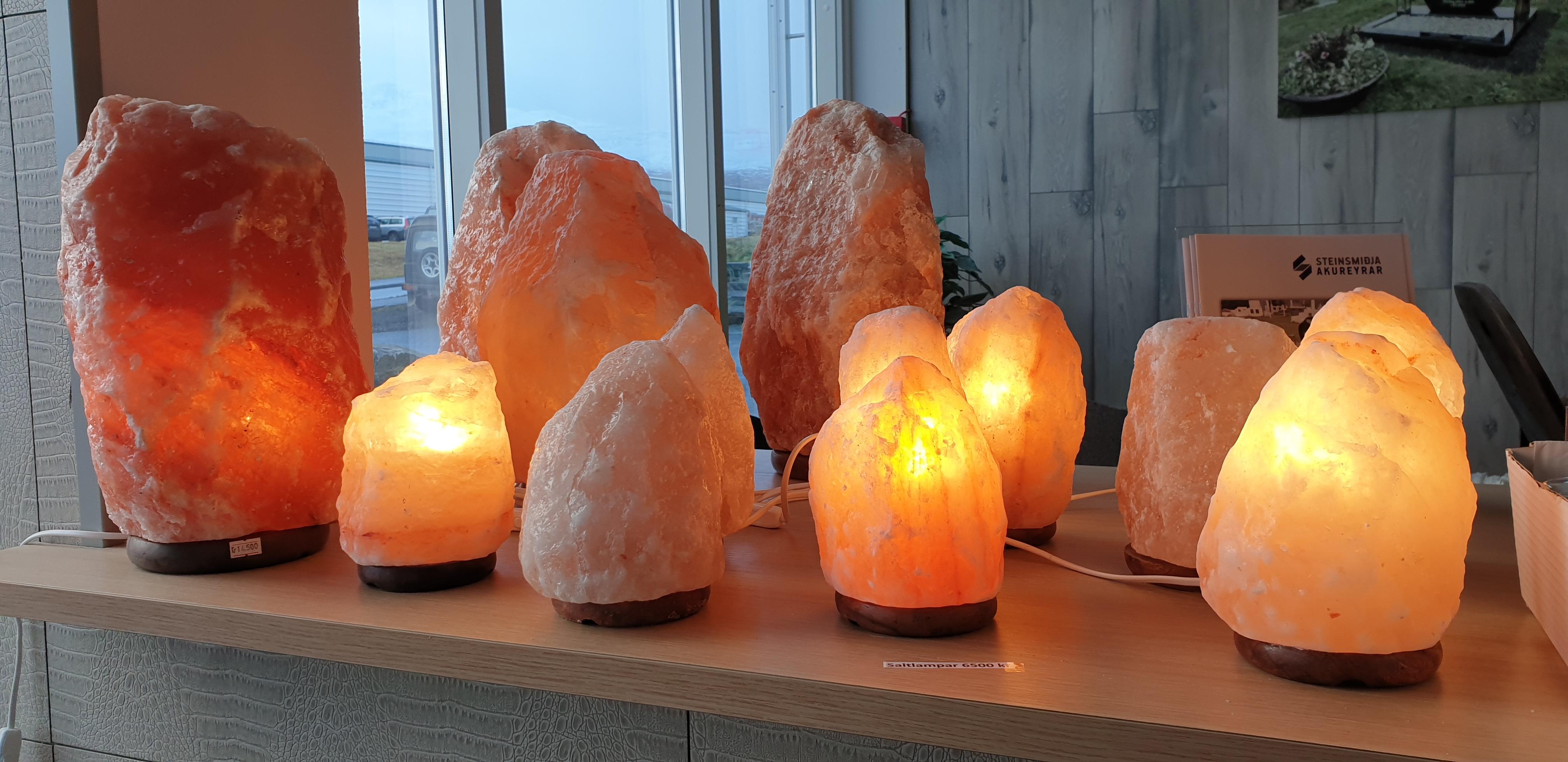Saltkristall steinar