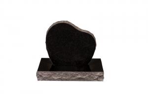 Nr 104 svartur - Steinn H:46xB:50 -Sökkull 66x30 - Verð 175.000