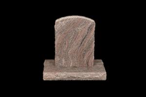Nr 111 multi - Steinn H:57xB:40 -Sökkull 66x32Verð 155.000