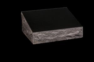 Nr 120 svartur - Duftsteinn H:15xB:50xD:40Verð 165.000