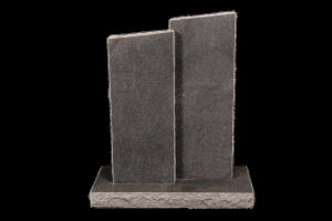 Nr 181 grár - Steinar H:97 og 107x B: 2x40 - Sökkull 100x46 - Verð 395,000