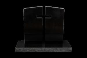 Nr 118 svartur - Steinn H:86xB:88Sökkull 120x45Verð 435.000