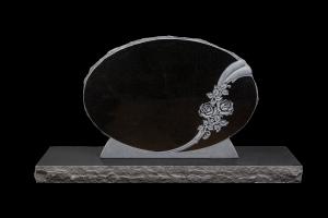 Nr 108 svartur - Steinn H:72xB:100 - Sökkull 150x35 - Verð 640.000